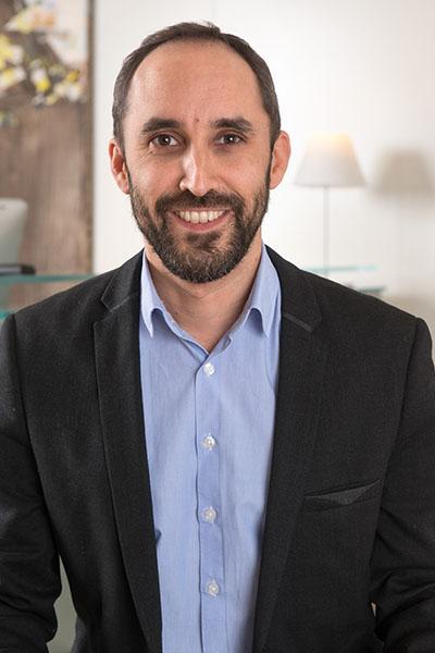 Equipe Alexandre Lanquette Bremens Associes Notaires Homme Collaborateur Actes Courant Immobilier